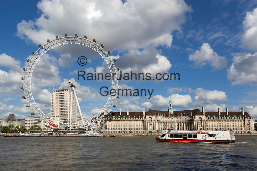 United Kingdom, London: The London Eye and County Hall on South Bank of River Thames   Grossbritannien, England, London: The London Eye und die County Hall am Suedufer der Themse