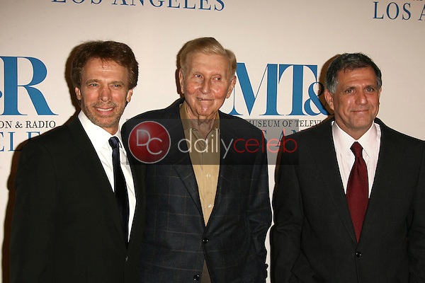Jerry Bruckheimer with Sumner Redstone and Leslie Moonves<br />at The Museum of Television & Radio's Annual Los Angeles Gala. Regent Beverly Wilshire Hotel, Beverly Hills, CA. 10-30-06<br />Dave Edwards/DailyCeleb.com 818-249-4998