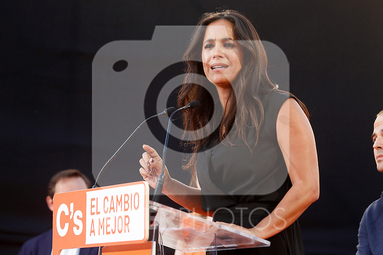 Begona Villacis, councilor group Citizens-Ciudaddanos in the City of Madrid, speaks during the party final campaign meeting on Isabel II Square in Madrid ahead of the June 26 general election. June 24,2015. (ALTERPHOTOS/Acero)