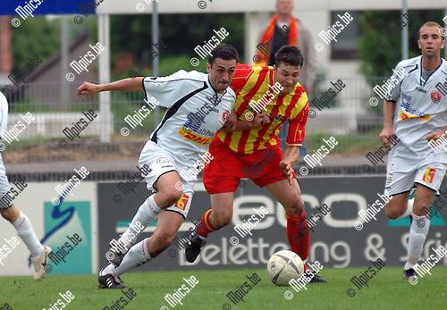 2007-05-13 / R Kapellen FC - WS Woluwe: duel tussen Olivier Nanni van Woluwe (links) en Sven Schoenmaekers van Kapellen