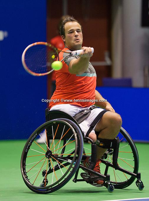 Rotterdam,Netherlands, December 15, 2015,  Topsport Centrum, Lotto NK Tennis, Wheelchair tennis, Tom Egberink (NED)<br /> Photo: Tennisimages/Henk Koster