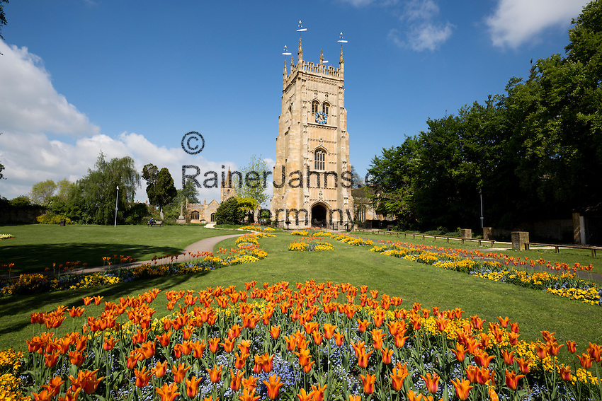 United Kingdom, England, Worcestershire, Evesham: The Bell Tower and St Lawrence's church in Abbey Park | Grossbritannien, England, Worcestershire, Evesham: The Bell Tower und Kirche St. Lawrence im Abbey Park