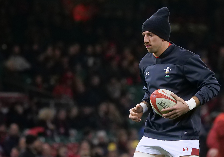Wales' Justin Tipuric during the pre match warm up<br /> <br /> Photographer Ian Cook/CameraSport<br /> <br /> Under Armour Series Autumn Internationals - Wales v South Africa - Saturday 24th November 2018 - Principality Stadium - Cardiff<br /> <br /> World Copyright © 2018 CameraSport. All rights reserved. 43 Linden Ave. Countesthorpe. Leicester. England. LE8 5PG - Tel: +44 (0) 116 277 4147 - admin@camerasport.com - www.camerasport.com