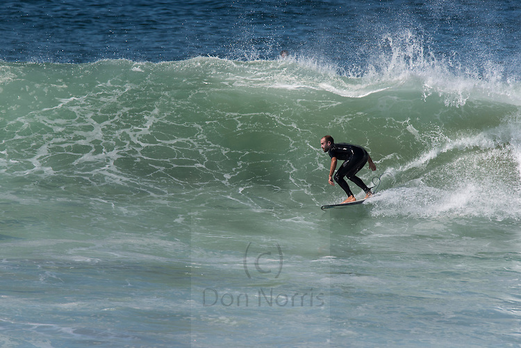 S + E swell mid Curl Curl beach, offshore sunny, shoulder plus