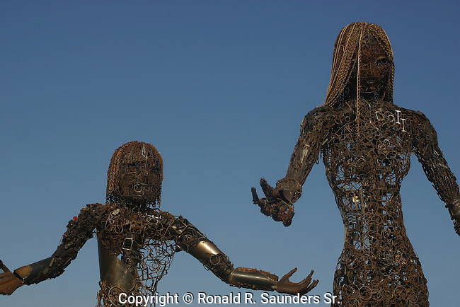 Abstract female form made of scrap metal (1)