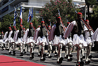 Pictured: Presidential Guards in the traditional Tsolias outfits parade outside the Presidential Mansion in Athens, Greece. Thurday 07 September 2017<br /> Re: The official welcome of French President Emmanuel Macron for his state visit to Athens, Greece.