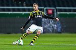 Solna 2013-09-30 Fotboll Allsvenskan AIK - &Ouml;sters IF :  <br /> AIK 6 Alexander Milosevic  i aktion <br /> (Foto: Kenta J&ouml;nsson) Nyckelord:  portr&auml;tt portrait