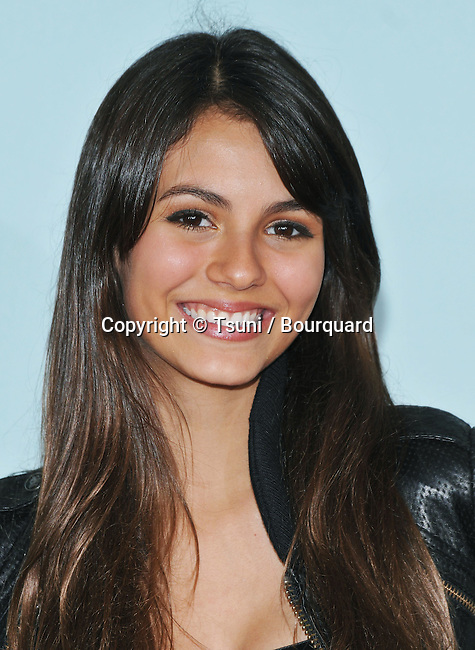 Victoria Justice @  <br /> 2008 NickekOdeon' S Kids Choice Awards at UCLA Pauley Pavilions In Los Angeles.<br /> <br /> Headshot<br /> eye contact<br /> smile