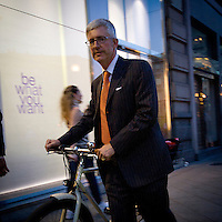 La Milano arancione dopo la vittoria di Giuliano pisapia..The orange Milan after the victory of Giuliano PIsapia