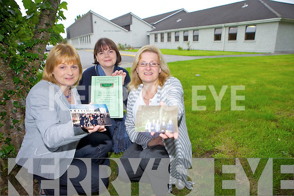 REUNITING: Friends Monica Dillane, Brigid Murnal and Moira Horgan past pupils from Presentation secondary school, Tralee are looking for old photos as they prepare for their 25 year reunion on May 28th.