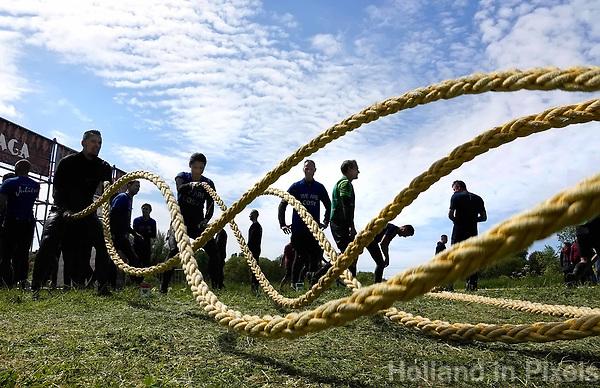 Nederland - Spaarnwoude - mei 2019. De Strong Viking Hills Edition. Obstacle Run in recreatiegebied Spaarwoude. Battle ropes. Foto mag niet in negatieve / schadelijke context gefotografeerd worden. Foto Berlinda van Dam / Hollandse Hoogte.