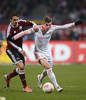 FUSSBALL   1. BUNDESLIGA  SAISON 2012/2013   12. Spieltag 1. FC Nuernberg - FC Bayern Muenchen      17.11.2012 Markus Feulner (li, 1 FC Nuernberg) gegen Toni Kroos (FC Bayern Muenchen)