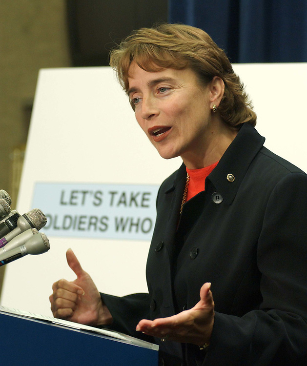 9/23/04.TAX CUTS--Sen. Blanche Lincoln, D-Ark., during a news conference on tax cuts..CONGRESSIONAL QUARTERLY PHOTO BY SCOTT J. FERRELL