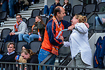 AMSTELVEEN - coach Warner vd Vegt met bestuurslid Koen Hemmes. . Kampong JB1-Bloemendaal JB1.  BLOEMENDAAL JB1 wint de titel Jongens  B. (3-3) na shoot outs. finales A en B jeugd  Nederlands Kampioenschap.  COPYRIGHT KOEN SUYK
