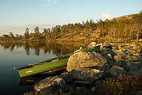 Kano ved Rogen en sommerkveld ---- Canoe by Rogen a late summer evening