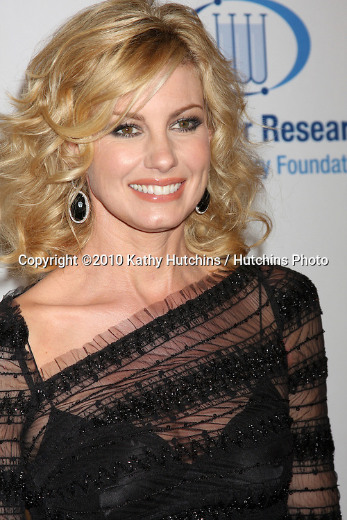 "Faith Hill.arriving at ""An Unforgetable Evening"" benefiting EIF's Women's Cancer Research Fund 2010.Beverly Wilshire Hotel.Beverly Hills, CA.January 27, 2010.©2010 Kathy Hutchins / Hutchins Photo...."