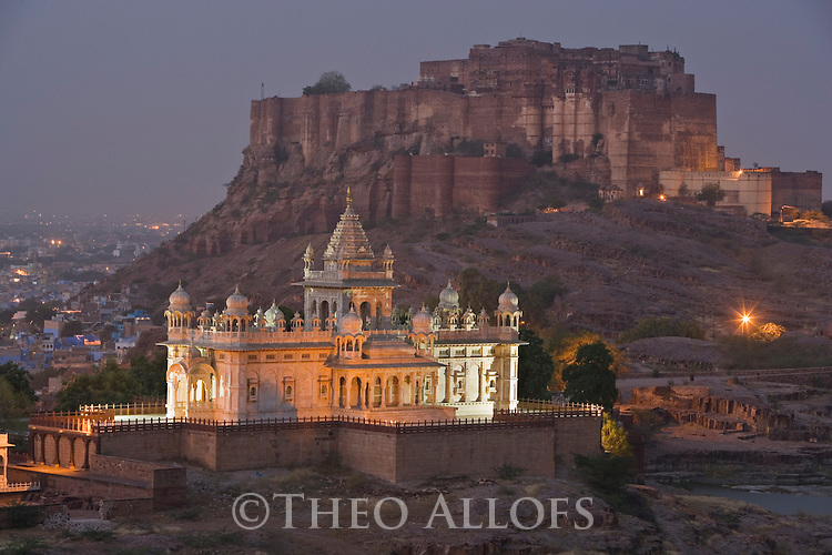"White marble mausoleum ""Jaswant Thada""  with Mehrangarh Fort in background, Jodphur, Rajasthan, India --- Model Released"