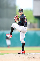 May 15, 2010: Scott Schneider of the Quad City River Bandits at Elfstrom Stadium in Geneva, IL. The River Bandits are the Class A affiliate of the St. Louis Cardinals. Photo by: Chris Proctor/Four Seam Images