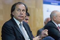 SAO PAULO, SP, 15.09.2014 - BENJAMIN STEINBRUCH - FORUM DE ECONOMIA - SP - O presidente da FIESP, BENJAMIN STEINBRUCH Participa da abertura do 11° Fórum de Economia da Escola de Economia de São Paulo (EESP) da Fundação Getúlio Vargas (FGV) NESTA SEGUNDA FEIRA (15). (Foto: Marcelo Brammer / Brazil Photo Press).