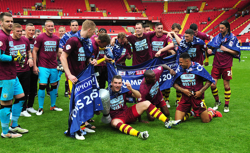 Burnley players celebrate becoming champions of the Sky Bet Championship<br /> <br /> Photographer Kevin Barnes/CameraSport<br /> <br /> Football - Sky Bet Football League Championship - Charlton Athletic v Burnley - Saturday 7th May 2016 - The Valley - London<br /> <br /> &copy; CameraSport - 43 Linden Ave. Countesthorpe. Leicester. England. LE8 5PG - Tel: +44 (0) 116 277 4147 - admin@camerasport.com - www.camerasport.com