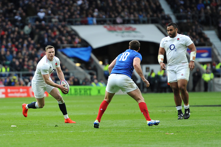 Chris Ashton of England sets up a try for Jonny May of England during the Guinness Six Nations match between England and France at Twickenham Stadium on Sunday 10th February 2019 (Photo by Rob Munro/Stewart Communications)