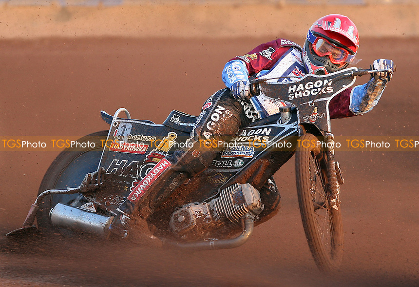 Lee Richardson of Lakeside Hammers - Lakeside Hammers vs Wolverhampton Wolves, Elite League Speedway at the Arena Essex Raceway, Purfleet - 24/05/10 - MANDATORY CREDIT: Rob Newell/TGSPHOTO - Self billing applies where appropriate - 0845 094 6026 - contact@tgsphoto.co.uk - NO UNPAID USE.