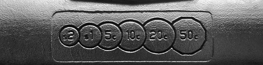 Coin indicator on a public payphone in the Brisbane suburb of Teneriffe.