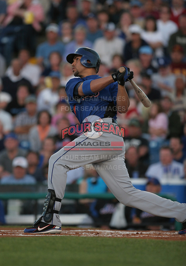 Carlos Beltran of the New York Mets vs the Los Angeles Dodgers March 21st, 2007 at Holman Stadium in Vero Beach, FL during Spring Training action.  Photo By Mike Janes/Four Seam Images