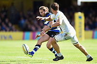 Max Clark of Bath Rugby puts boot to ball. Aviva Premiership match, between Bath Rugby and Saracens on September 9, 2017 at the Recreation Ground in Bath, England. Photo by: Patrick Khachfe / Onside Images