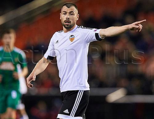 18.02.2016. Mestalla Stadium, Valencia, Spain. Europa League. Valencia versus Rapid Wien. Midfielder Javi Fuego of Valencia CF gestures