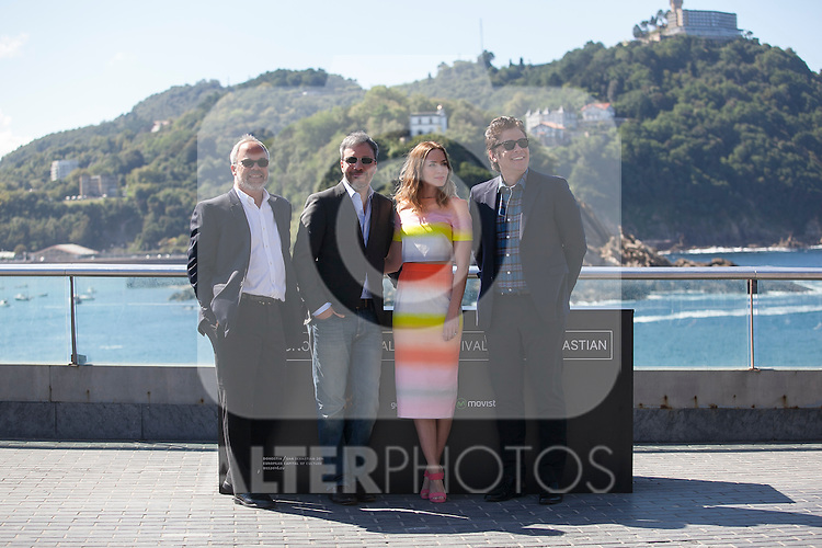 (L-R) Denis Villeneuve, Emily Blunt and Benicio del Toro pose during the `Sicario´ film presentation a 63rd Donostia Zinemaldia (San Sebastian International Film Festival) in San Sebastian, Spain. September 19, 2015. (ALTERPHOTOS/Victor Blanco)