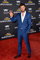 Chris Hemsworth at the premiere for &quot;Thor: Ragnarok&quot; at the El Capitan Theatre, Los Angeles, USA 10 October  2017<br /> Picture: Paul Smith/Featureflash/SilverHub 0208 004 5359 sales@silverhubmedia.com