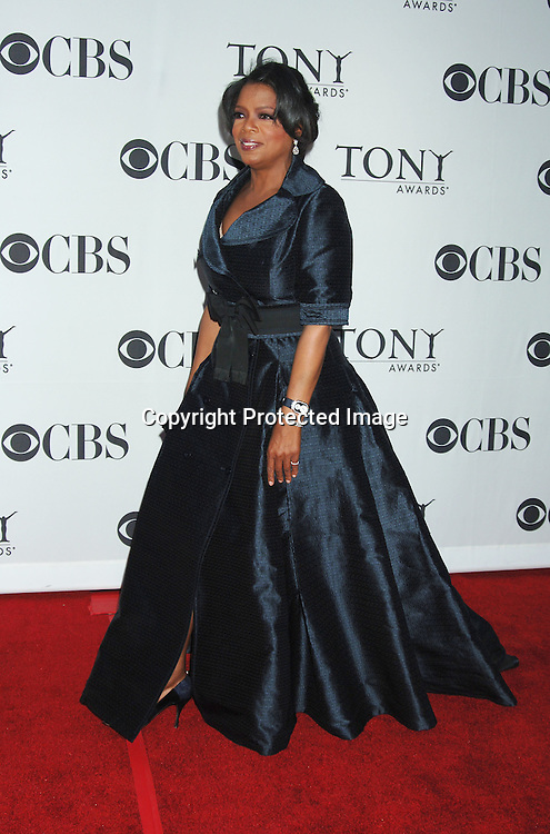 Oprah Winfrey..arriving at the 60th Annual Tony Awards on June11, 2006..at Radio City Music Hall. ..Robin Platzer, Twin Images