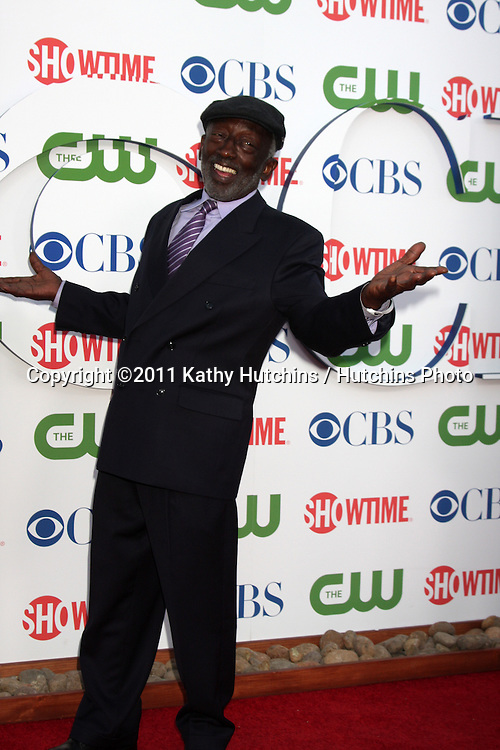 LOS ANGELES - AUG 3:  Garrett Morris arriving at the CBS TCA Summer 2011 All Star Party at Robinson May Parking Garage on August 3, 2011 in Beverly Hills, CA