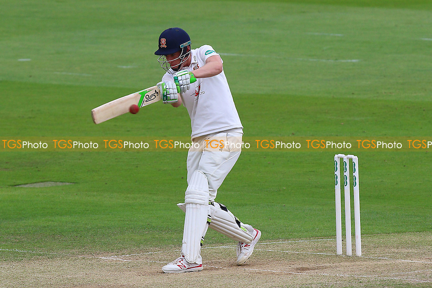 Daniel Lawrence in batting action for Essex during Essex CCC vs Kent CCC, Specsavers County Championship Division 2 Cricket at the Essex County Ground on 4th July 2016