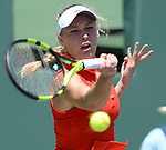 Caroline Wozniacki (DEN) defeats Garbine Muguruza (ESP) by 7-6, 0-0 retired
