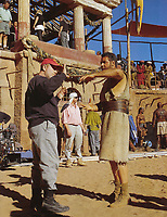 Gladiator (2000)<br /> Behind the scenes photo of Russell Crowe &amp; Ridley Scott<br /> *Filmstill - Editorial Use Only*<br /> CAP/KFS<br /> Image supplied by Capital Pictures