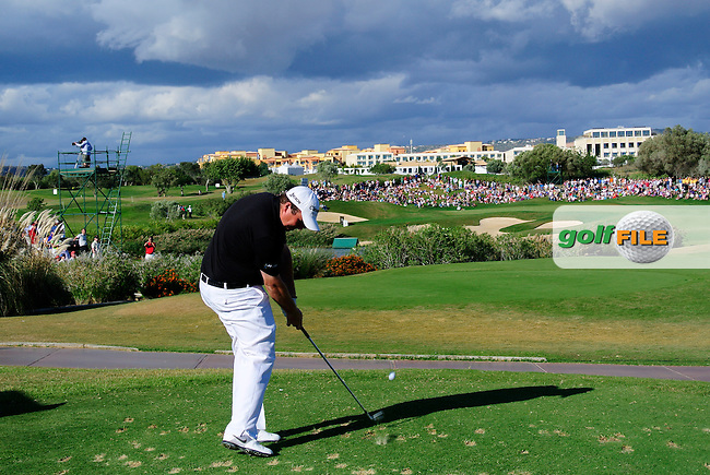 Shane Lowry (IRL) tees off the par3 13th tee during Sunday's Final Round of the Portugal Masters at the Oceanico Victoria Golf Course, Vilamoura, Portugal 14th October 2012 (Photo Eoin Clarke/www.golffile.ie)