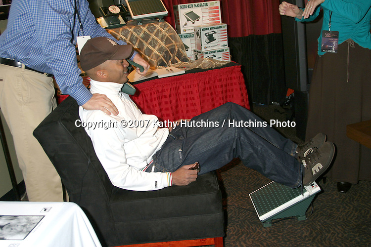 James Lesure.GBK Productions Golden Globe Gifting Suite.Friar's Club.Beverly Hills   CA.January 12, 2007.©2007 Kathy Hutchins / Hutchins Photo.