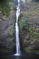 Horsetail Falls, Columbia River Gorge National Scenic Area, Oregon, US