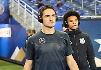 Mats Hummels (Deutschland Germany), dahinter Leroy Sane (Deutschland Germany)- 16.10.2018: Frankreich vs. Deutschland, 4. Spieltag UEFA Nations League, Stade de France, DISCLAIMER: DFB regulations prohibit any use of photographs as image sequences and/or quasi-video.
