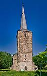 Romański kościół  z II połowy XIII wieku św Jana Chrzciciela i św. Katarzyny Aleksandryjskiej w Świerzawie.