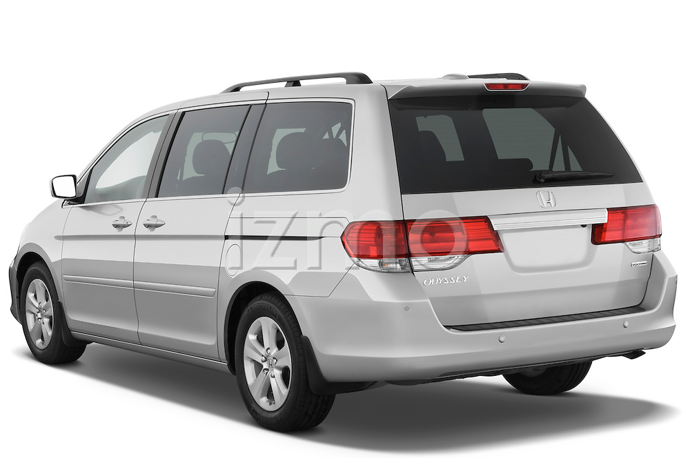Rear three quarter view of a 2009 Honda Odyssey Touring