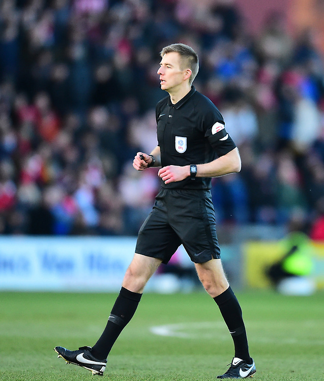 Referee Michael Salisbury<br /> <br /> Photographer Andrew Vaughan/CameraSport<br /> <br /> The EFL Sky Bet League Two - Lincoln City v Northampton Town - Saturday 9th February 2019 - Sincil Bank - Lincoln<br /> <br /> World Copyright © 2019 CameraSport. All rights reserved. 43 Linden Ave. Countesthorpe. Leicester. England. LE8 5PG - Tel: +44 (0) 116 277 4147 - admin@camerasport.com - www.camerasport.com