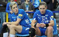 Handball Champions League Frauen 2013/14 - Handballclub Leipzig (HCL) gegen Metz (FRA) am 10.11.2013 in Leipzig (Sachsen). <br /> IM BILD: Susann Müller / Mueller (HCL) und Karolina Kudlacz (HCL) <br /> Foto: Christian Nitsche / aif