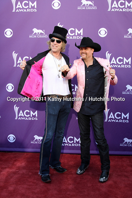 LAS VEGAS - APR 1:  BIg Kenny, John Rich arrives at the 2012 Academy of Country Music Awards at MGM Grand Garden Arena on April 1, 2010 in Las Vegas, NV.