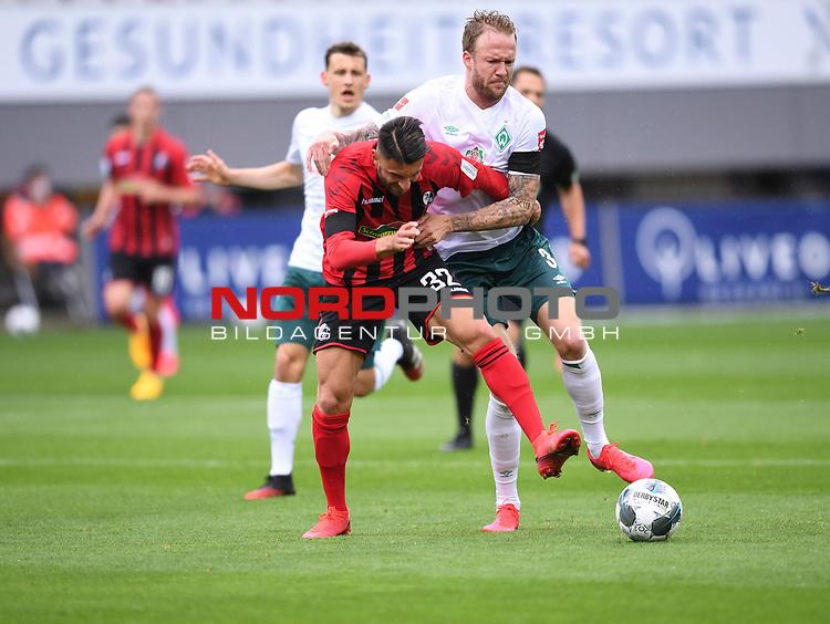 FussballFussball: agnph001:  1. Bundesliga Saison 2019/2020 27. Spieltag 23.05.2020<br />SC Freiburg - SV Werder Bremen<br />Vincenzo Grifo (Freiburg links) gegen Kevin Vogt (Bremen rechts)<br />FOTO: Markus Ulmer/Pressefoto Ulmer/ /Pool/gumzmedia/nordphoto<br /><br />Nur fŸr journalistische Zwecke! Only for editorial use! <br />No commercial usage!