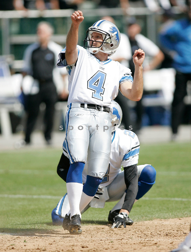 JASON HANSON, of the  Detroit Lions , during the Lions game against the Oakland Raiders on September 9, 2007.  The Oakland Raiders beat the Detroit Lions 37-10....