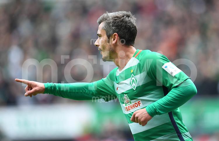 FUSSBALL     1. BUNDESLIGA      31. SPIELTAG    SAISON 2016/2017  SV Werder Bremen - Hertha BSC Berlin                          29.04.2017 Fin Bartels (SV Werder Bremen) bejubelt seinen Treffer zum 1:0
