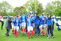 VOETBAL: SURHUISTERVEEN: Sportpark 't Ketting, 12-05-2012, Zaterdag 2e Klasse I, vv 't Fean '58 - SDS, Eindstand 2-1, Vreugde bij spelers, begeleiding en supporters na afloop van de wedstrijd, Atze van der Veen (#12), Ale Lanting (#3), Edbert Groen (#11), Joost Nieuwenhuis (#14), ©foto Martin de Jong